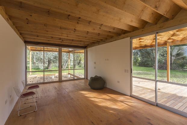 2-casa-de-madera-estudio-borrachia
