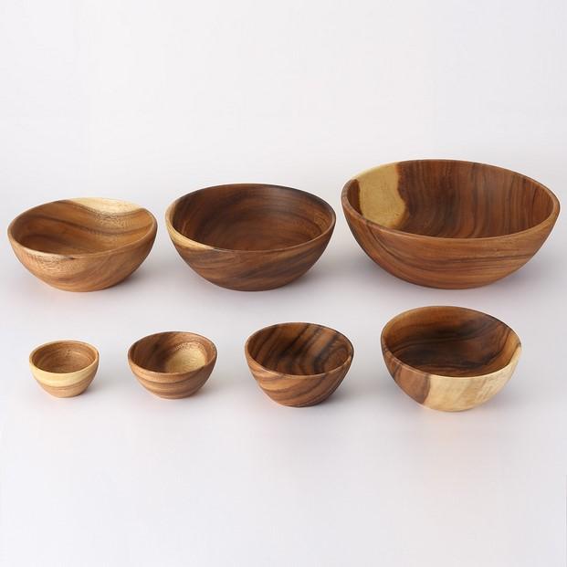 muji barcelona boles y platos en madera de acacia