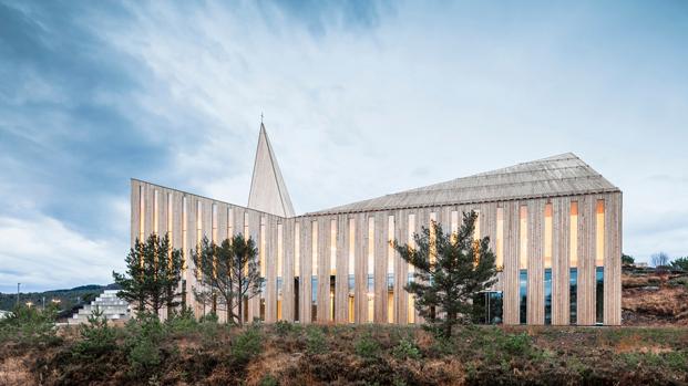 7-knarvik-community-church