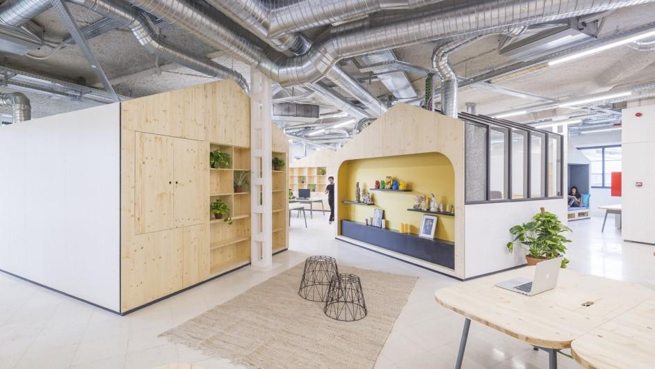 oficinas mccann worldgroup espacios de trabajo estudio banana diariodesign