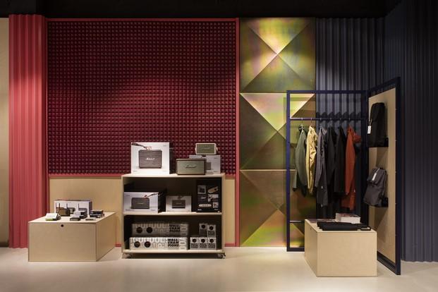 10-showroom-rs
