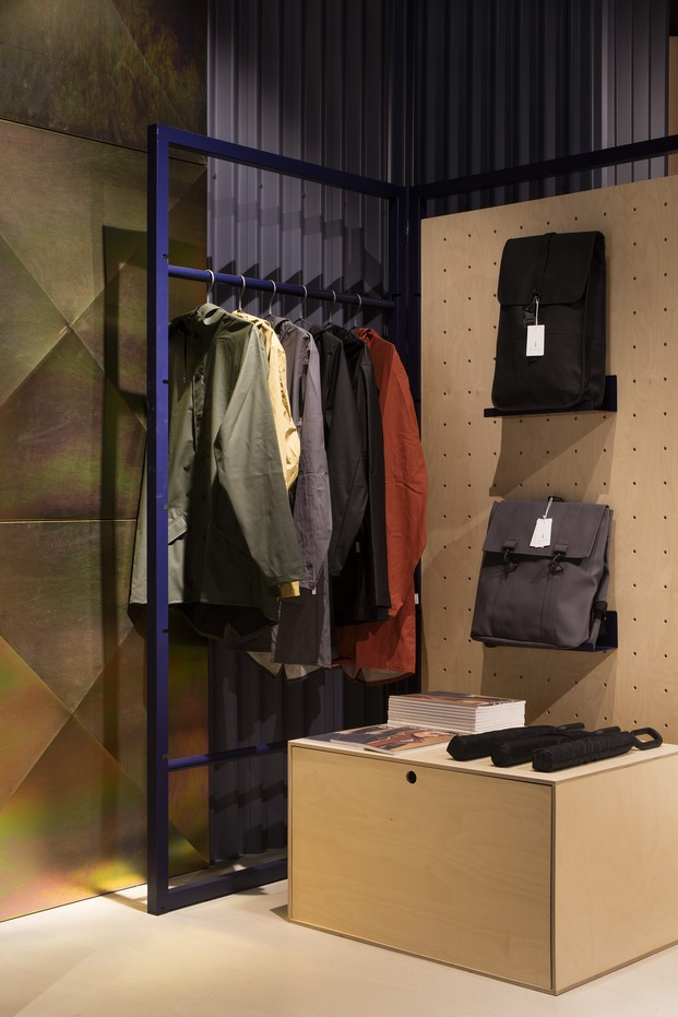 12-showroom-rs