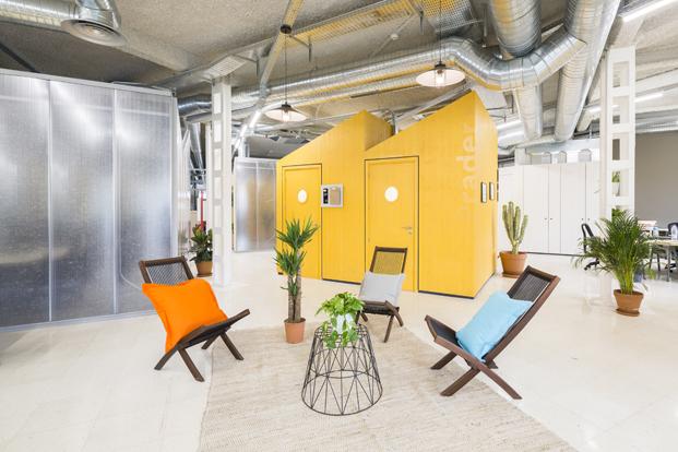 estudio banana oficinas para McCann Worldgroup en madrid diariodesign