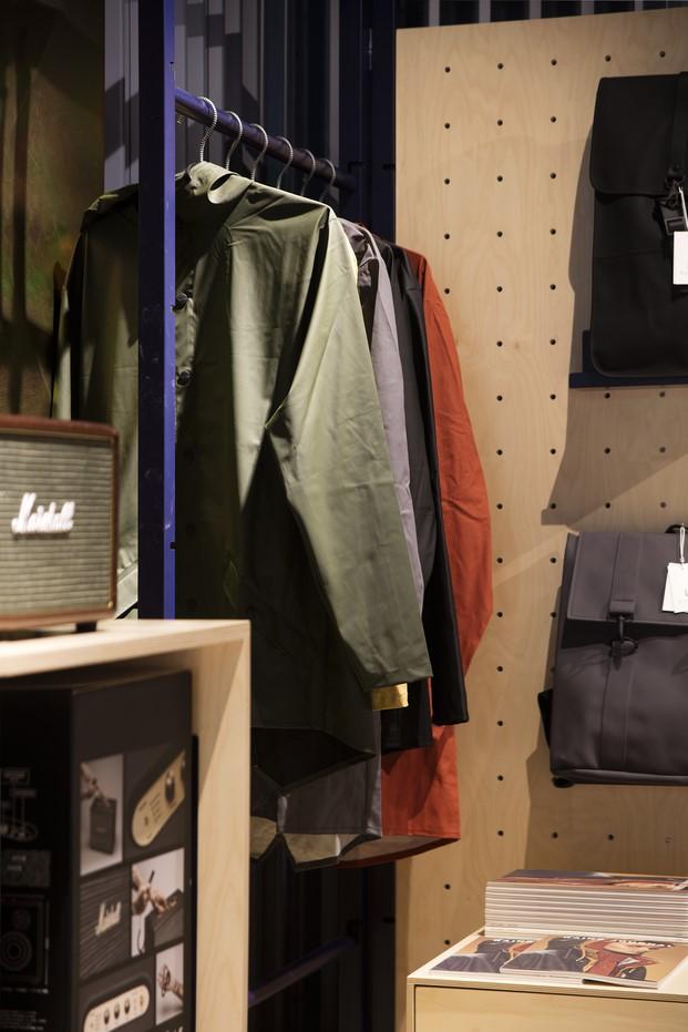 9-showroom-rs