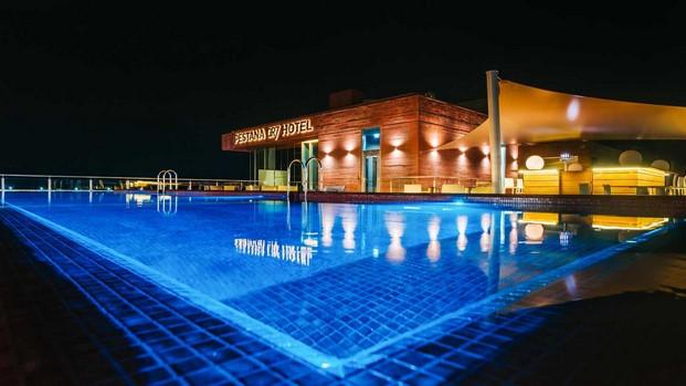 hotel cr7 cristiano ronaldo en madeira noche diariodesign