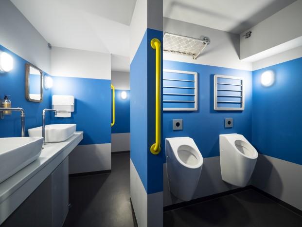 baños de eatDOORI restaurante indio en Frankfurt