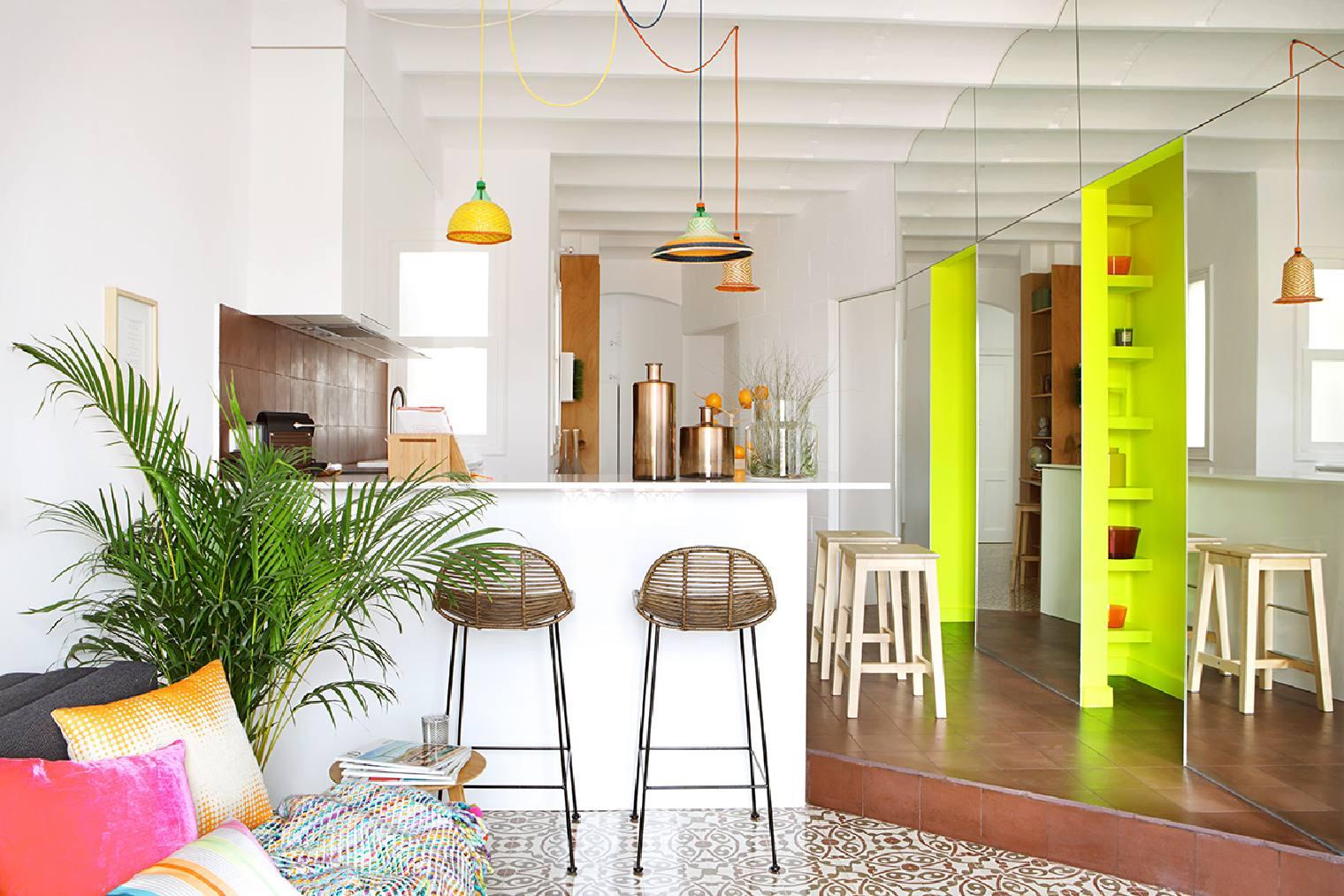 Arriesgando con el color en peque o piso de 65m2 - Permiso obras piso barcelona ...