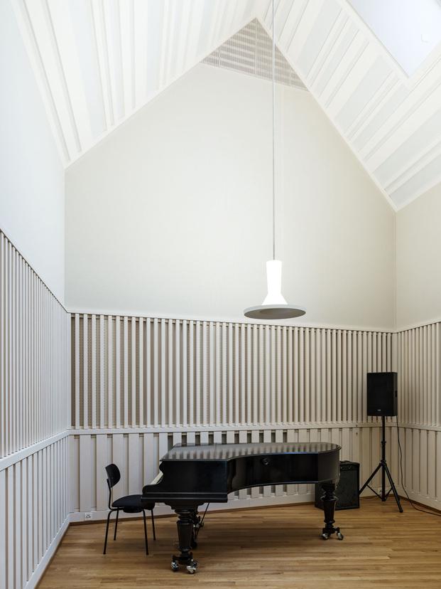 piano en Jazz Campus en basilea  Buol & Zünd arquitectos diariodesign
