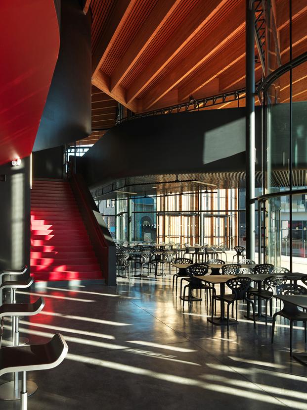 interior la belle electrique edificio musica electronica de herault arnod architectes diariodesign