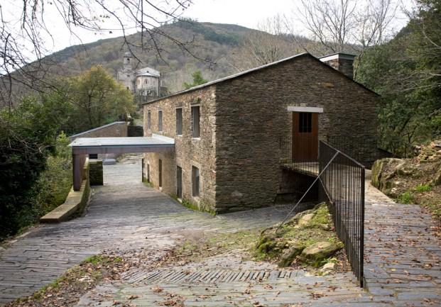 isabel-aguirre-urcola-y-celestino-garcia-brana-monasterio-de-caaveiro