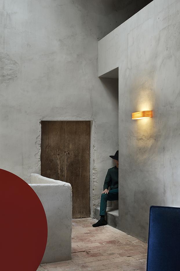 lzf_lamps_klunderbie_photos_i-club_wall_lamp