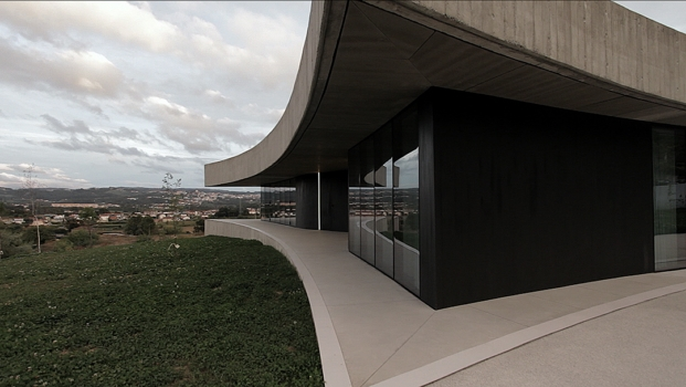 cabo-de-vila-house-paredes-portugal-spaceworkers-building-pictures-diariodesign-17