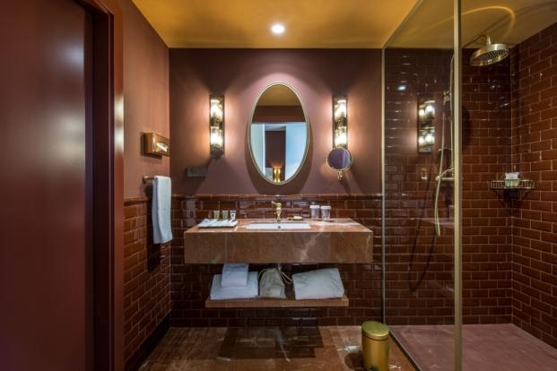 baño Vincci hoteles Mae West en Barcelona diariodesign