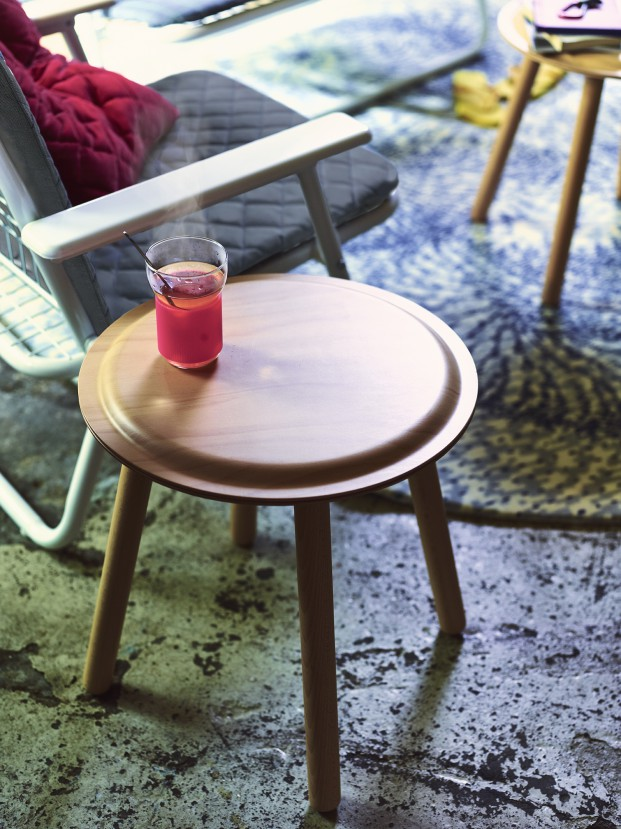 Mesa taburete de chapa de haya