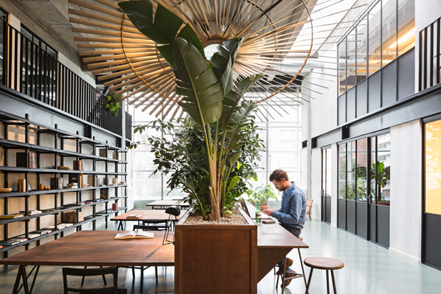 6-Fosbury Sons-Antwerp-Going East-diariodesign