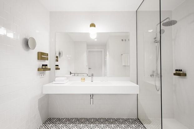 Bathroom Midmost adaptado