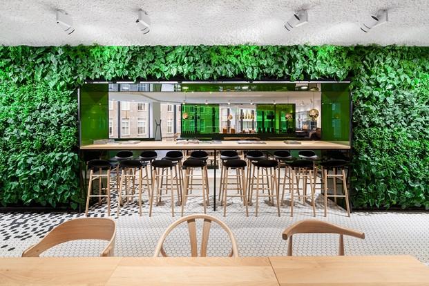 diseno en verde restaurante the kitchen Utrecht en los almacenes Bijenkorf diariodesign