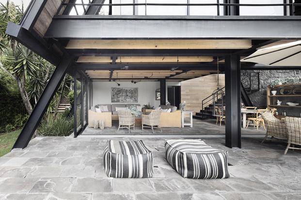 mobiliario de exterior original Casa  en mexico de studio Metodo diariodesign
