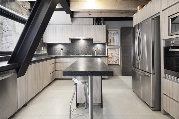 cocina de una original casa en mexico de studio Metodo diariodesign