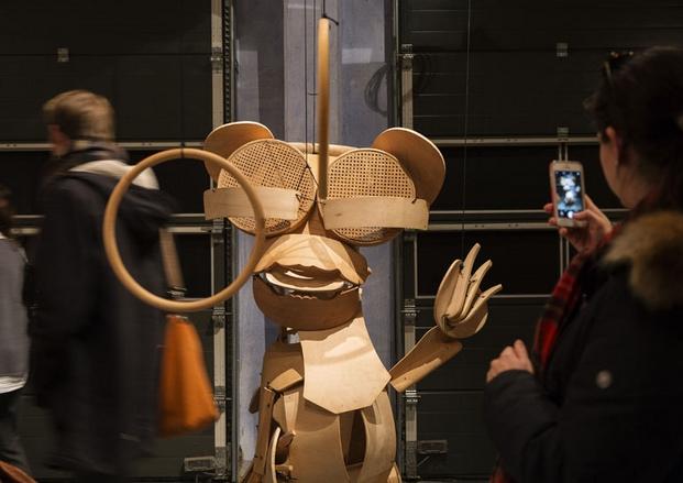 muebles de oficina Designers Saurdays marioneta Horgenglarus de Hans Bellmann para Hurlemann