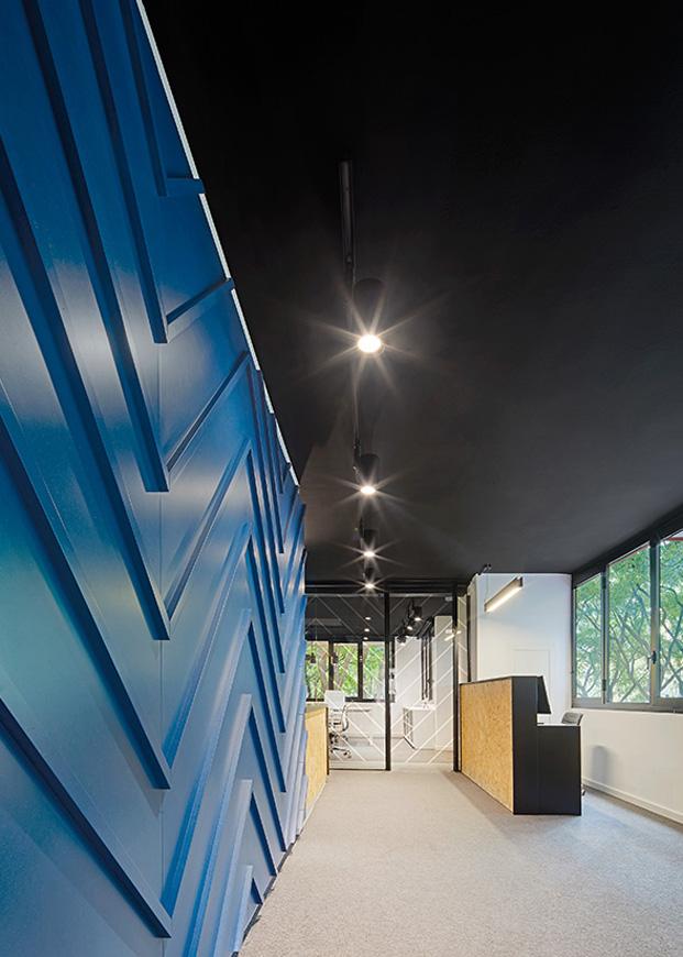 nexolub oficinas en azul en barcelona diariodesign