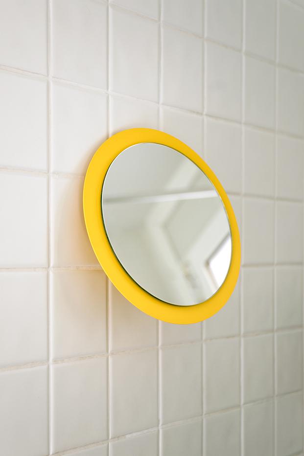 espejo de pared bano gravina estudio de diseno de Barcelona diariodesign