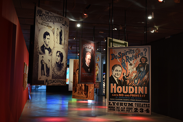 houdini-las-leyes-del-asombro-fundacion-telefonica-madrid-diariodesign (9)
