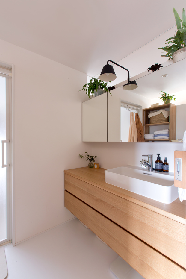 bano en apartamento en japon de ALTS DESIGN OFFICE diariodesign