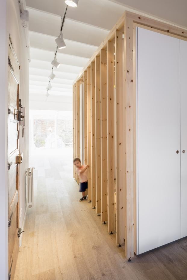 reforma en barcelona de un piso pequeño de alventosa y morell diariodesign