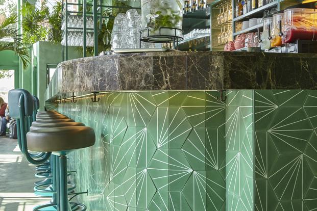 detalle barra Bar botanique un vergel de Studio Modijefsky en amsterdam diariodesign