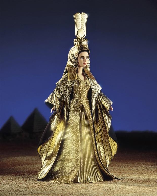 Barbie Elizabeth Taylor como Cleopatra en Madrid