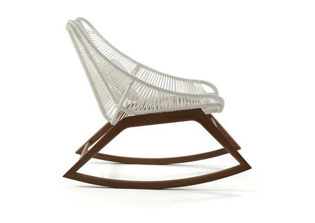 WISHBONE rocking chair novedad roche bobois 2017 diariodesign