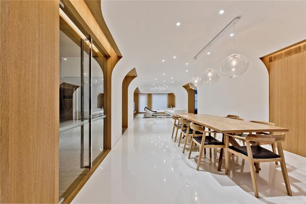 salon de casa de madera en Pekin de archstudio diariodesign
