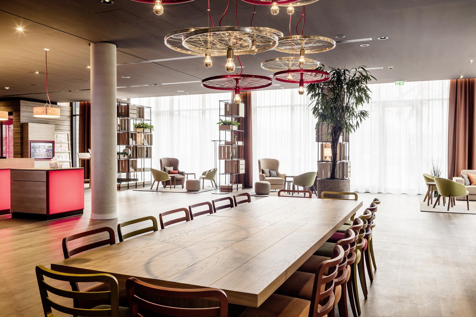 matteo thun responsable de los nuevos intercityhotel 2 0. Black Bedroom Furniture Sets. Home Design Ideas