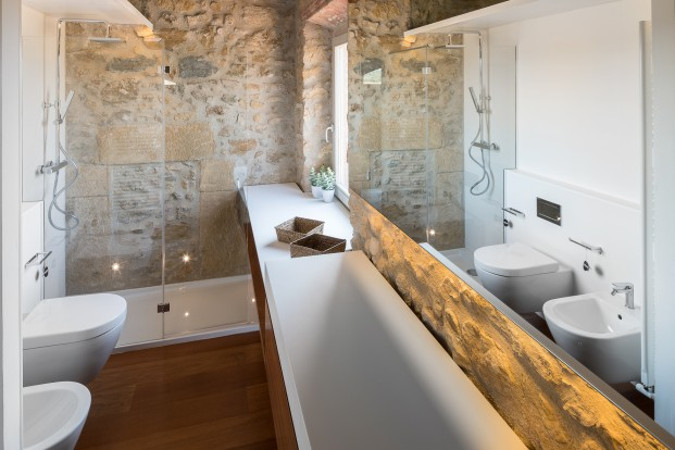 baño de masia reformada en gerona en diariodesign