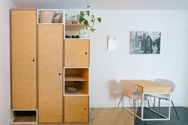 reforma apartamento pequeno  en madrid de PYO arquitectos