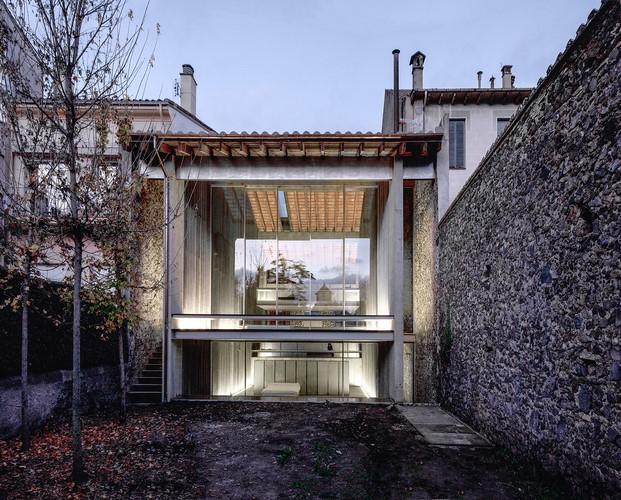 Row house de rcr arquitectes diariodesign