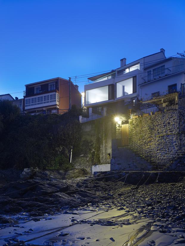 rehabilitacion Viviendas en Redes de Diaz y Diaz Arquitectos