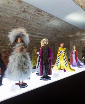 Exposicion de Barbie en Fundacion Canal Isabel II