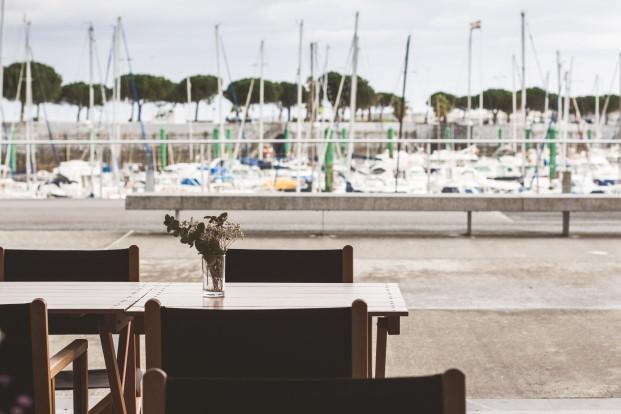 vistas al puerto de desde el puerto de Hodarribia de el curry verde de Hiruki Studio diariodesign