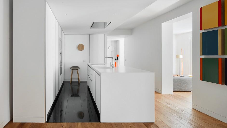 apartamento en madrid con obras de arte de los arquitectos lucas hernandez gil diariodesign