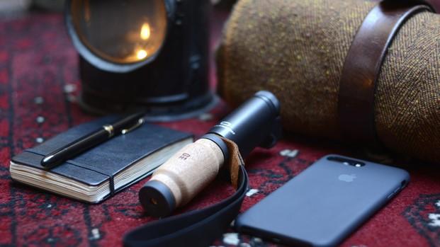 portasmartphone de diseño diariodesign shoulderpod