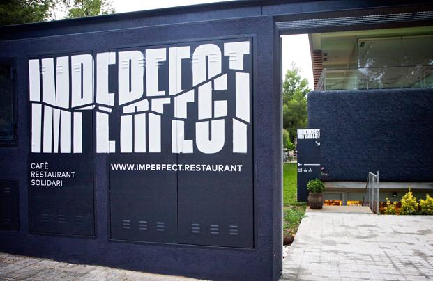 entrada imperfect cafe castelldefels diariodesign