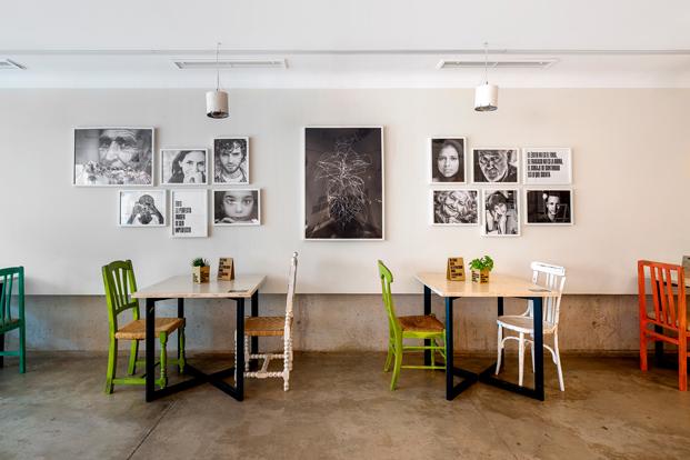 interior imperfect cafe solidario castelldefels barcelona diariodesign