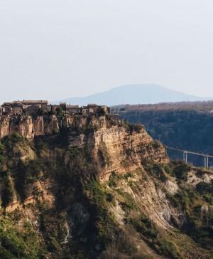 Airbnb rehabilitacion de DWA de la Casa del Artista en Civita di Bagnoregio Italia diariodesign