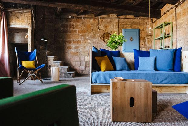 rehabilitacion de Airbnb italia por el estudio diseno DWA de la Casa del Artista Civita di Bagnoregio Italia diariodesign