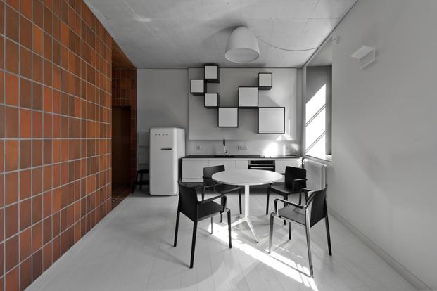 apartamento pequeño Bazillion Apartment de YCL Studio en Lituania diariodesign