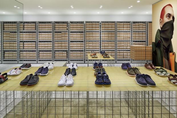 tienda CAMPER Schemata Architects en Tokyo diariodesign