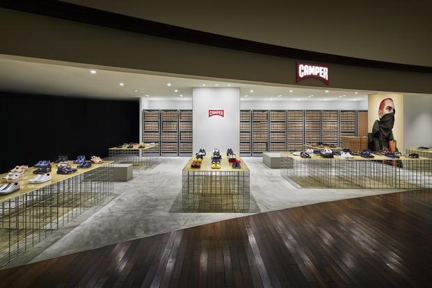 CAMPER tienda en Tokyo de Schemata Architects diariodesign
