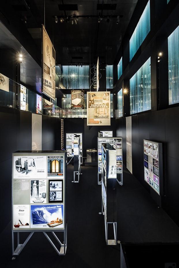 juego de espejos en la Expo Roca 100 años diariodesign